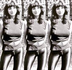 Kate Bush Rock And Roll Fantasy, Capri Pants, Life, Women, Fashion, Moda, Capri Trousers, Fashion Styles, Fashion Illustrations