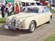 163 Jaguar 340 (1968)
