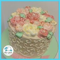 Vintage Floral Buttercream Cake - Blue Sheep Bake Shop