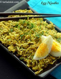 Maggi Recipes, Egg Masala, Egg Noodle Recipes, Filling Snacks, Egg Noodles, Stir Fry, Cravings, Spicy, Cooking Recipes