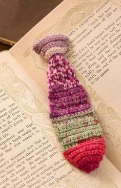 Tie Bookmark Free Cr