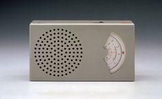 Dieter Rams radio, Minimalist.