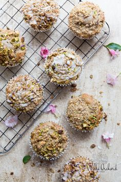 Strawberry Rhubarb Scruffins | The perfect scone meets the perfect muffin. Effortless buttermilk muffins with brown sugar pistachio topping. | www.wildeorchard.co.uk