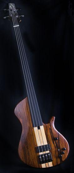 Prochazka Bass Futurum 4
