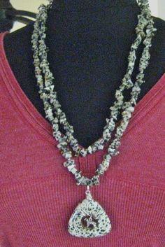 Handmade necklace on craftshowcase.net