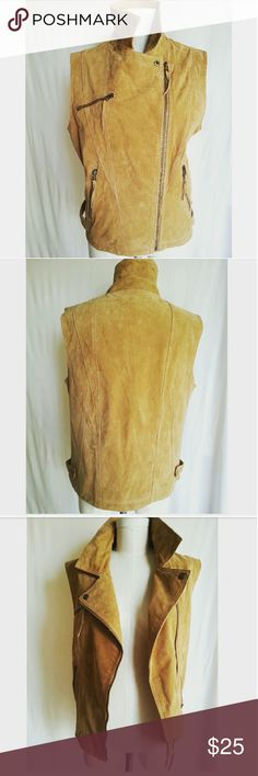 Ookie & Lala Tan Suede Biker Vest Love this & absolutely perfect for Fall/Winter!! Excellent condition 100% Suede Ookie & Lala Jackets & Coats Vests