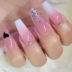 Diamond nails: 30 nail designs with diamonds Best Acrylic Nails, Acrylic Nail Designs, Nail Art Designs, Nails Design, Pink Nails, My Nails, Heart Nails, Glitter Nails, Nails Today