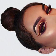Beautiful eye makeup. So bold! #eyeliner #eyeshadow #inspiration http://amzn.to/2s3vVGJ