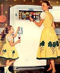 1950s Mother-daughter matching outfits mayhem!