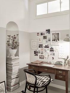 Wij zijn helemaal weg van het vintage interieur in dit Zweedse huis. Niet zo gek dat de styling zo gaaf is; het appartement is namelijk van een styliste.