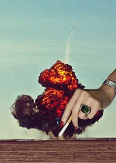 Collage / Mixed Media / Digital Art / Cigarette / Explosion