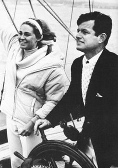 Les Kennedy, Robert Kennedy, Kennedy Compound, Familia Kennedy, Joan Bennett, Step Kids, Political Figures, Jfk, Three Kids