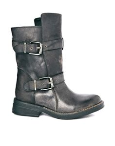 Steve Madden Buckle Caveat Leather Ankle Boots