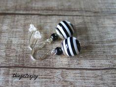 """Ohrringe - Ohrhänger """"black & white"""" - ein Designerstück von things2enjoy bei DaWanda"""