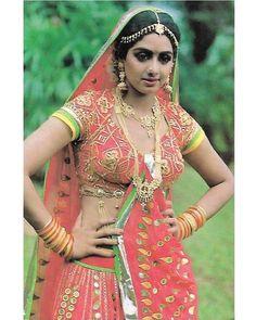 """3 Likes, 1 Comments - muvyz.com (@muvyz) on Instagram: """"#Sridevi #BollywoodFlashback #80s #Diva #postcard #whichmuvyz #guessthemovie #muvyz123017…"""""""
