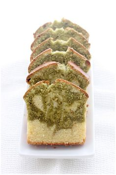 Foodagraphy. By Chelle.: Matcha Vanilla Swirled Pound Cake