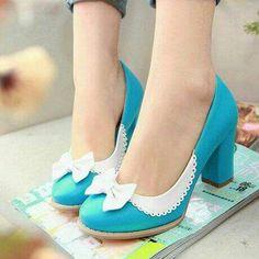 Vintage Shoes Ladies Elegant Bow Tie Colored Block High Heel Pumps Court Shoes Plus Size 916 Pretty Shoes, Beautiful Shoes, Cute Shoes, Women's Shoes, Me Too Shoes, Shoe Boots, High Heel Pumps, Pumps Heels, Bow Heels