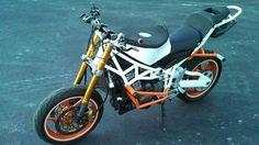 Kawasaki 636 stunt bike, streetfighter