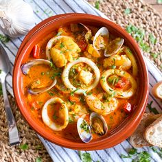 This Classic Spanish Seafood Stew, known in Spain as Zarzuela de Pescado y Mariscos, is easily one of Spain´s most iconic dishes. It´s packed with so many different layers of flavors, easy to make and done in 45 minutes. The perfect dish for a relaxed weekend lunch or dinner, next to a bottle of Spanish wine. This seafood stew hails from the region of Catalonia, but more specifically, the beautiful province of Barcelona. It´s a dish you will find at many seaside restaurants all along the Mediter