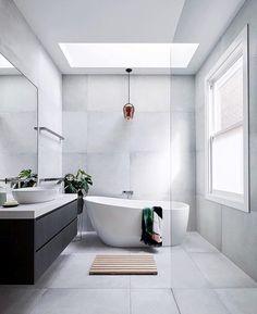 bathroom ideas modern / bathroom ideas - bathroom ideas small - bathroom ideas on a budget - bathroom ideas modern - bathroom ideas master - bathroom ideas apartment - bathroom ideas diy - bathroom ideas small on a budget Family Bathroom, Budget Bathroom, Bathroom Inspo, Master Bathroom, Bathroom Ideas, Bathroom Styling, Bathtub Ideas, Modern Bathroom Design, Bathroom Interior Design