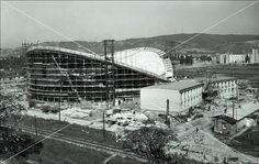 Stavba športovej haly na Bajkalskej Haly, Bratislava, Opera House, Milan, Nostalgia, Louvre, Times, Retro, Travel