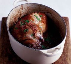 Slow-cooked lamb with onions & thyme