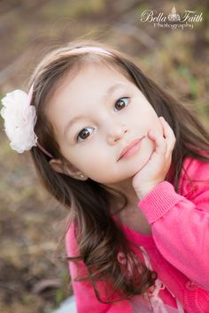 Southern California, Corona, Riverside, Orange County outdoor 3 year old girl birthday photo shoot. http://bellafaith.photography