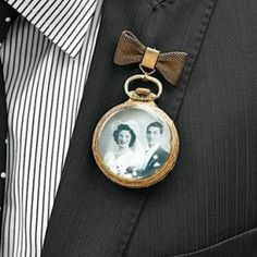 photo boutonniere | 25 Unique Ways To Honor Deceased Loved Ones At Your Wedding via InkedWeddings.com