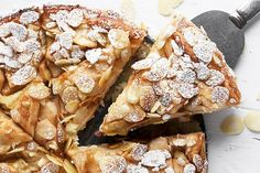 Bavarian Apple Torte - apples, almonds, cream cheese and a touch of jam! Apple And Almond Cake, Apple Torte, Fresh Apple Cake, Almond Cakes, Apple Cakes, Apple Pie, Apple Desserts, Apple Recipes, Sweet Recipes