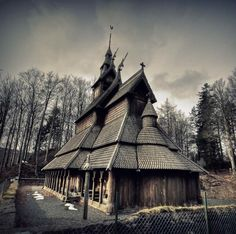 Photo of the day – Fantoft Stave Church