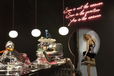 Ann Summers, London; Photo: Jon Meade, London; http://vmsd.com/content/ann-summers-london