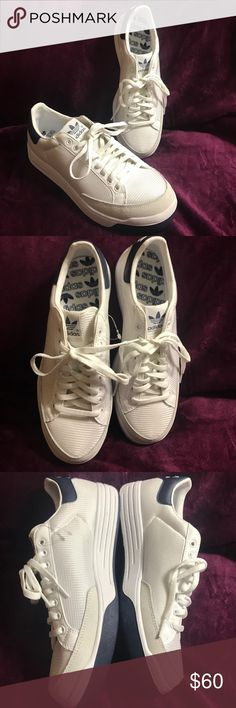 Men's adidas Originals Rod Laver Casual Shoes Brand new never worn no box 📦 Way back in the '70s, Rod Laver was the king of the tennis court. While rockin' the Rod Laver sneakers he served up ace after ace, cementing his status as one of the great tennis legends. Today, the adidas Originals Rod Laver Casual Shoes have that same sleek look and laid back vibe. Air mesh on the upper gets a durabaility boost from the suede toe and heel patch.  The adidas Originals Rod Laver Casual Shoe is a…