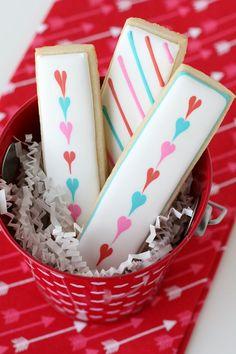Cookie Sticks countryliving Cookies For Kids, Fancy Cookies, Iced Cookies, Cute Cookies, Royal Icing Cookies, Cupcake Cookies, Cookies Et Biscuits, Sugar Cookies, Cookie Favors