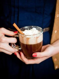 Boozy hot chocolate is the perfect drink for a winter wedding. #countrywedding http://www.gactv.com/gac/photos/article/0,3524,GAC_42725_6075192_01,00.html?soc=pinterest