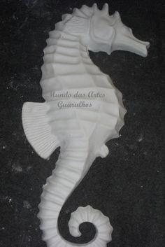 MRO 135 CAVALO MARINHO PAREDE 60 cm