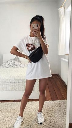 Sporty Summer Outfits, Casual Fall Outfits, Retro Outfits, Simple Outfits, Trendy Outfits, Cute Outfits, Fashion Outfits, Moda Oversize, Hostess Outfits