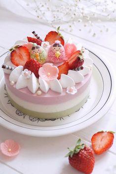 三色のひな祭りレアチーズケーキ by sachi_homemade Pretty Cakes, Cute Cakes, Yummy Cakes, Fun Desserts, Delicious Desserts, Yummy Food, Love Eat, Love Food, Kawaii Dessert