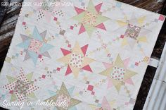 Hi there! I am really excited to share this new quilt with you guys today!!      Last Quilt Market, we were introduced to this lovely new l...