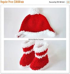 CHRISTMAS SALE Christmas Baby set Baby boots Red Booties Baby hat Christmas hat Crochet Baby Shoes Newborn boots Christmas Baby Boots Croch