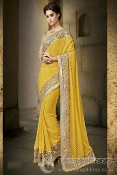 Buy online Fancy and designer Saree from Surat. Latest Sari shopping online store in Surat. Latest Saree Trends, Latest Indian Saree, Latest Sarees, Indian Sarees, Pakistani, Designer Silk Sarees, Designer Sarees Online, Indische Sarees, Sari Shop