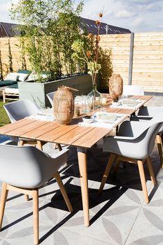 New Small Patio Landscaping Walkways 55 Ideas Rustic Outdoor Furniture, Garden Furniture, Furniture Design, Outdoor Decor, Farmhouse Furniture, Front Garden Landscape, Garden Landscaping, Farmhouse Garden, Wooden Pergola