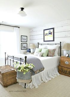 Farmhouse Bedroom by Savvy Southern Style: Fun Colorful Summer Guest Bedroom Farmhouse Bedroom Decor, Home Decor Bedroom, Modern Bedroom, Cottage Farmhouse, French Farmhouse, Antique Bedroom Decor, Farm Bedroom, Bedroom Fun, Rustic Bedroom Furniture