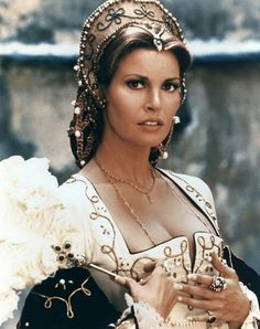 Cavalier Era- Raquel Welch in the Four Musketeers