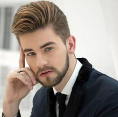 New Training Hair style Amazing Pic collection 2 Medium Beard Styles, Beard Styles For Men, Hair And Beard Styles, Boy Hairstyles, Trendy Hairstyles, Summer Hairstyles, Groom Hair Styles, Modern Pompadour, Gents Hair Style
