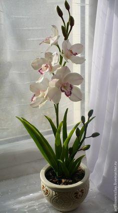 Купить или заказать Орхидея Цимбидиум из полимерной глины в интернет магазине на Ярмарке Мастеров. С доставкой по России и СНГ. Срок изготовления: 10-15 дней. Материалы: полимерная глина, масляные краски,…. Размер: высота - 45-50см