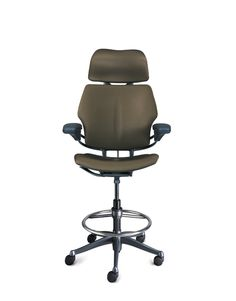the environmental impact of the diffrient world chair is roughly