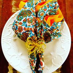 Os guardanapos de tecido tem o poder de surpreender seus convidados. Esta opção você encontra na #diorsidecor.  Para comprar, acesse:  www.diorsidecor.com.br WhatsApp (12) 9 9715 2022 comercial@diorsidecor.com.br  Condições especiais para arquitetos e decoradores!  #bemestar #decor #casa #home #house #decoração #arquitetura #primavera #tendencia #promoçaododia #natal #antecipa #blog #mesaposta #guardanapo #visita
