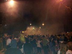 Enlace permanNoticias Sin Censura @NoticiasSOSVzla  2 min Reportan detenidos en Altamira a esta hora 9:30pm pic.twitter.com/j09MvGNz4Fente de imagen incrustada