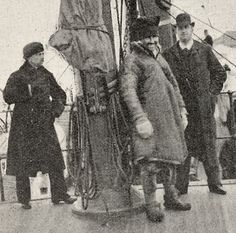 Sami man from Finnmark in Norway and two French men (with dark coats) on a boat. Photo published in an article by F. Escard, 1897