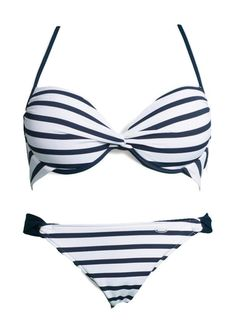 VENICE BEACH Push up bikini - Junger Sportswear-Look im angesagtenStreifen-Dessin. Push-up-Bikini mit wattierten Cups und eingearbeiteten Kissen für ein super Dekolleté. Top im Nacken zu binden und im Rücken zu schließen. Bikini gefüttert. Aus 94% Polyamid, 6% Elasthan. Futter: 100% Polyamid.